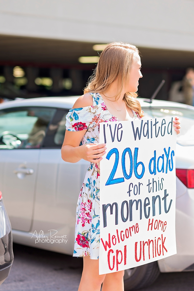 marine wife waiting for her husband to return