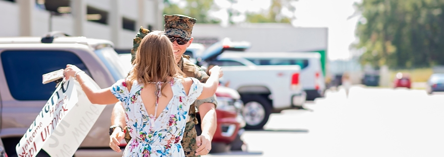 marine and his wife reuniting