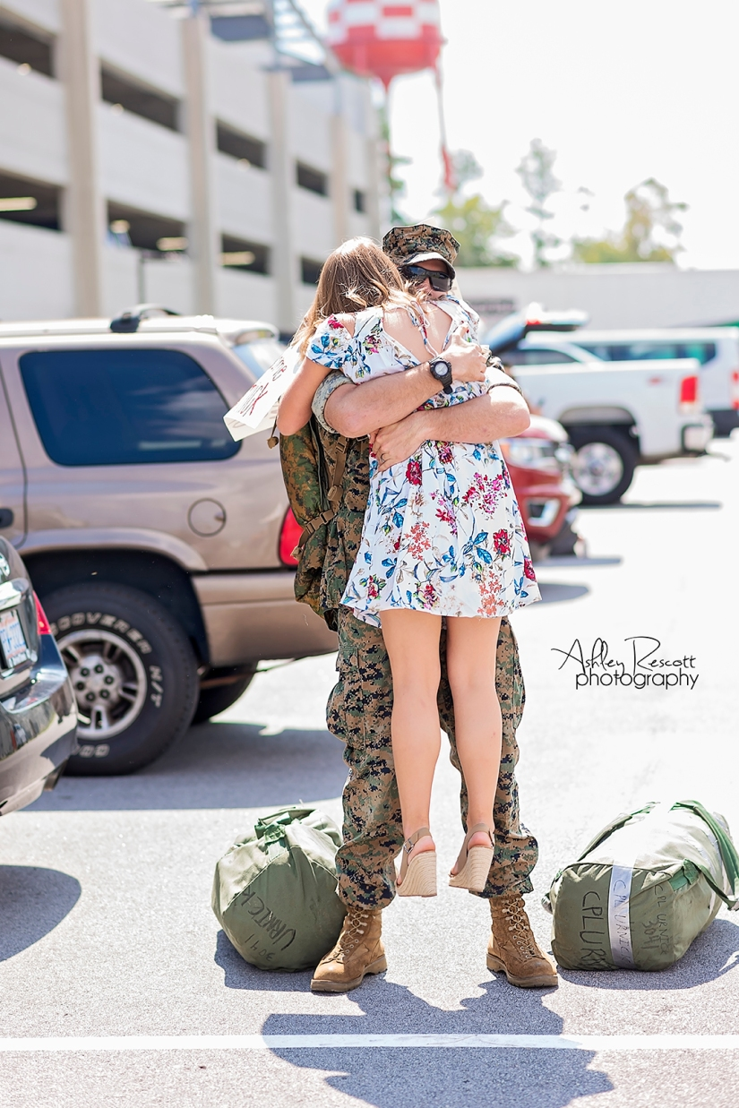 marine hugging wife